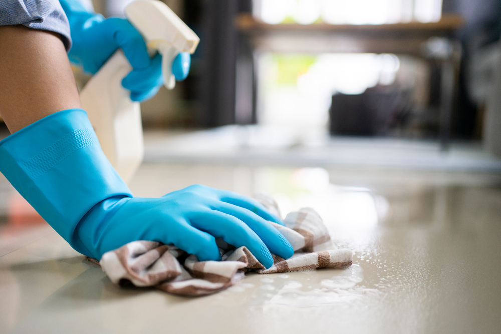 Cleaning employee training do's and don'ts